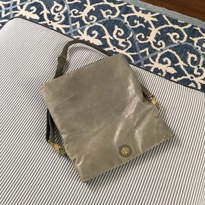 Tory Burch messenger